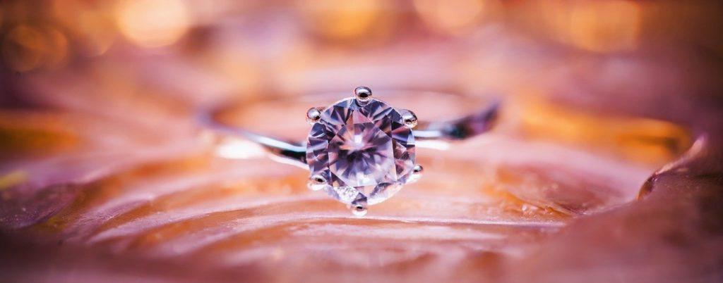 一般的なプロポーズの方法と流れ